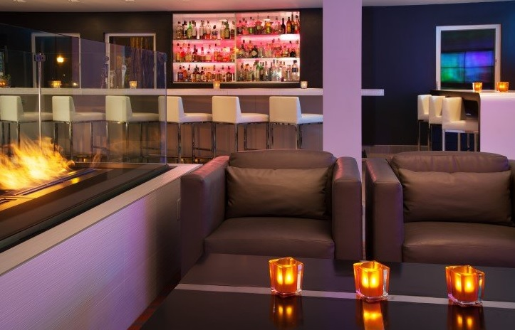 San Francisco Speed Dating even at WXYZ bar to meet single woman and single man